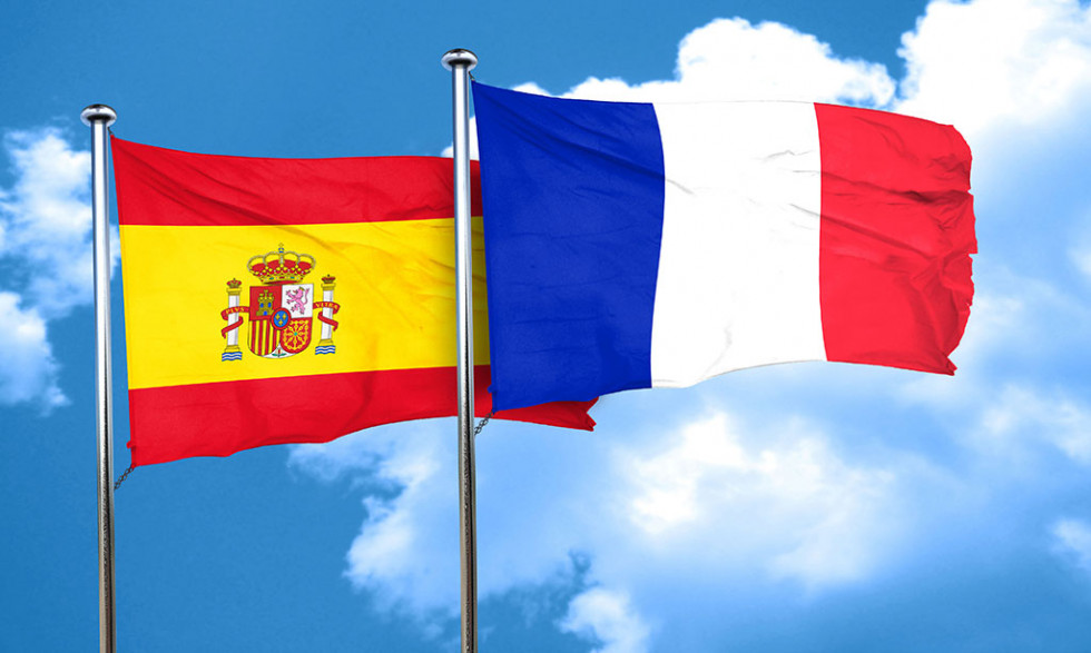 [Hero] Agreement on dual nationality signed by Spain and France