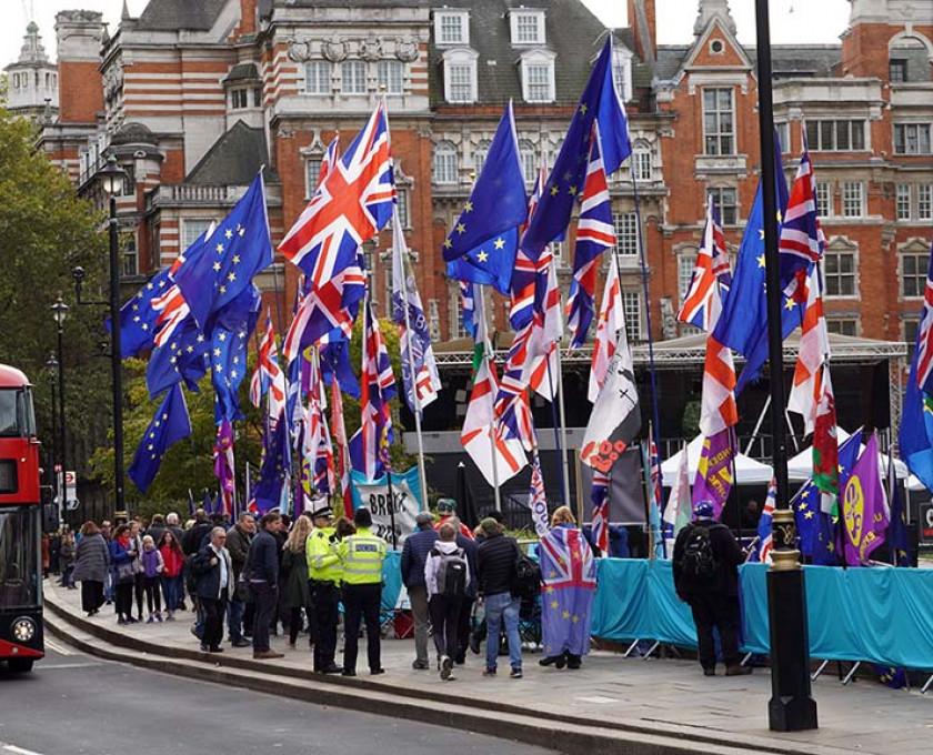 Brexit: La posición de la Unión Europea y del Reino Unido