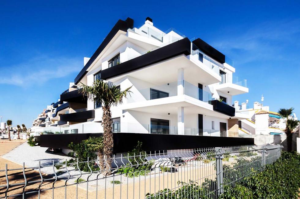 [Hero] 5 Steps to buying one or more properties in Spain